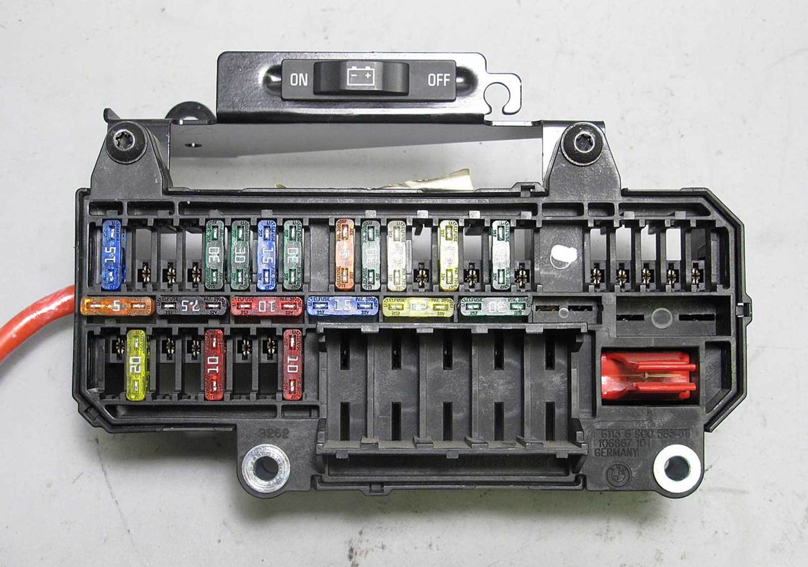 2002 bmw 7 series fuse box