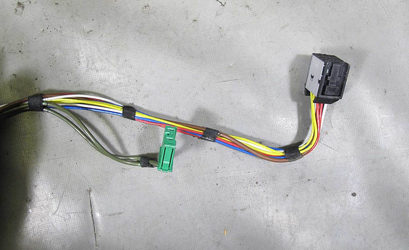 BMW E65 E66 745i 745Li Engine Ignition Coil Wiring Harness 2002-2005  Li Bmw Wire Harness on 03 bmw z3, 03 bmw 750i, 03 bmw m5, 03 bmw 330ci, 03 bmw 325xi, 03 bmw z4, 03 bmw 325ci, 03 bmw x5 m, 03 bmw z8, 03 bmw 750li,