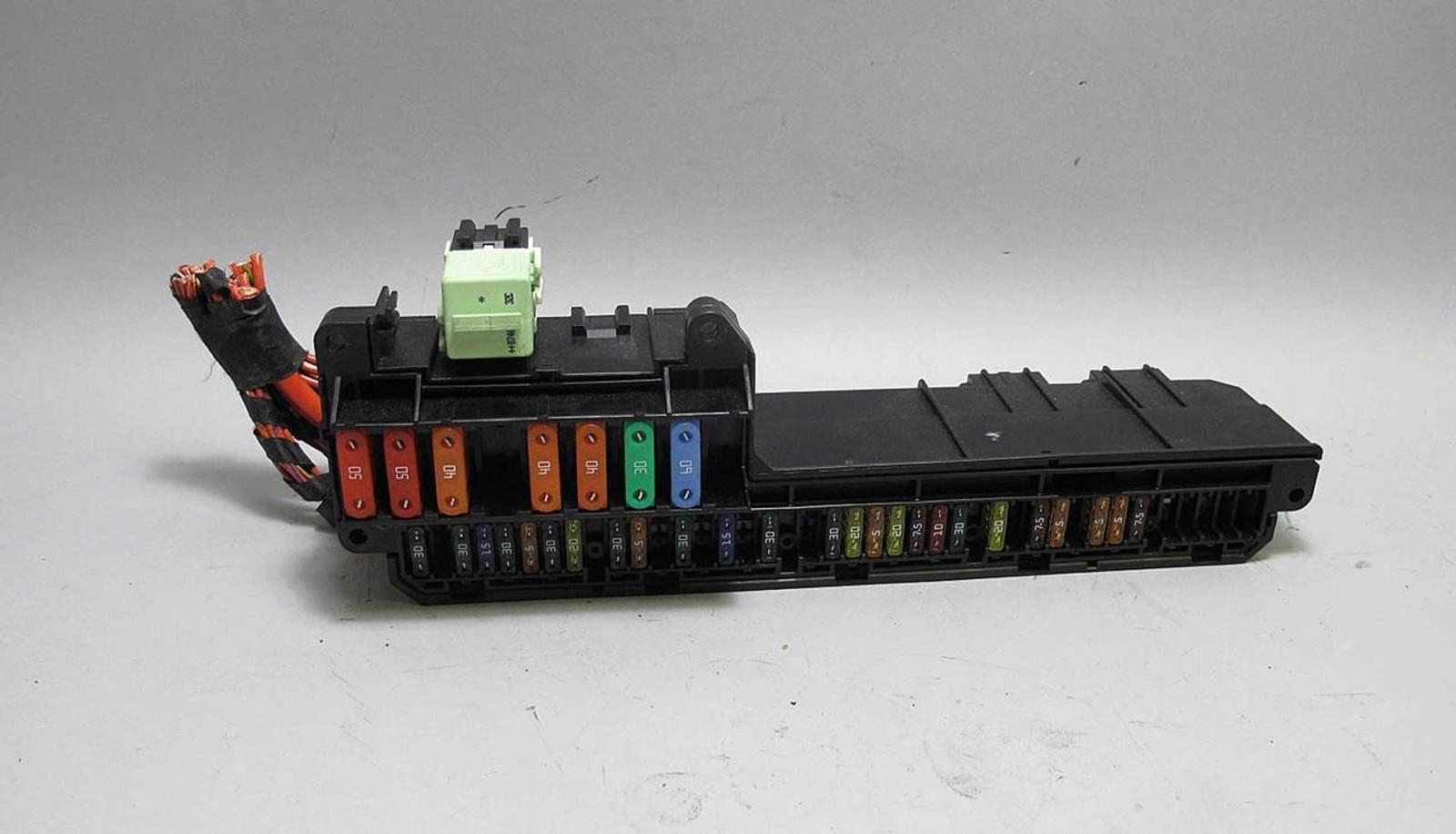 fuse box bmw 5 series 2004 wiring diagram bmw e60 5 6 series e63 interior glove box front fuse box panel 2004fuse box panel