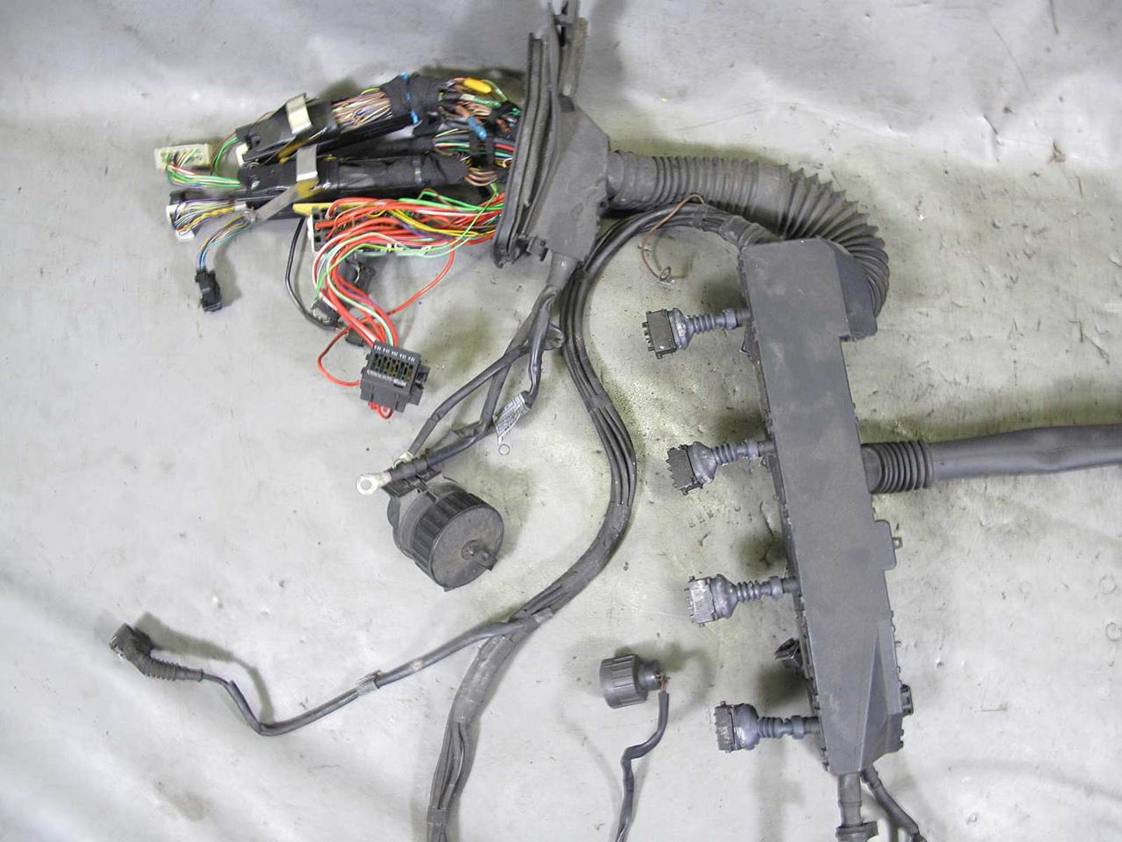 1996 1997 bmw e38 740i m62b44 v8 engine wiring harness complete used BMW 740iL Interior e38 740i m62b44 v8 engine wiring harness complete used oem img � 1996 1997
