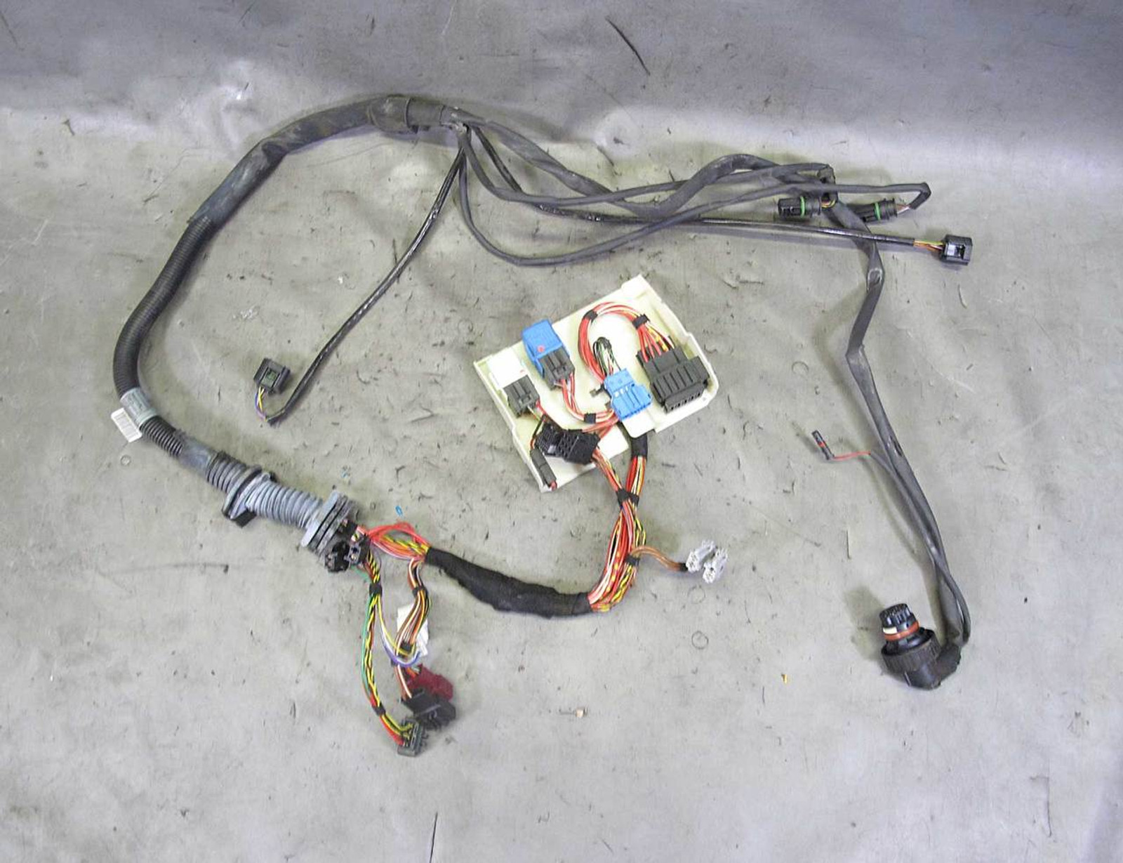 2004 2005 bmw e60 5 series m54 6cyl automatic transmission wiring harness used BMW E63