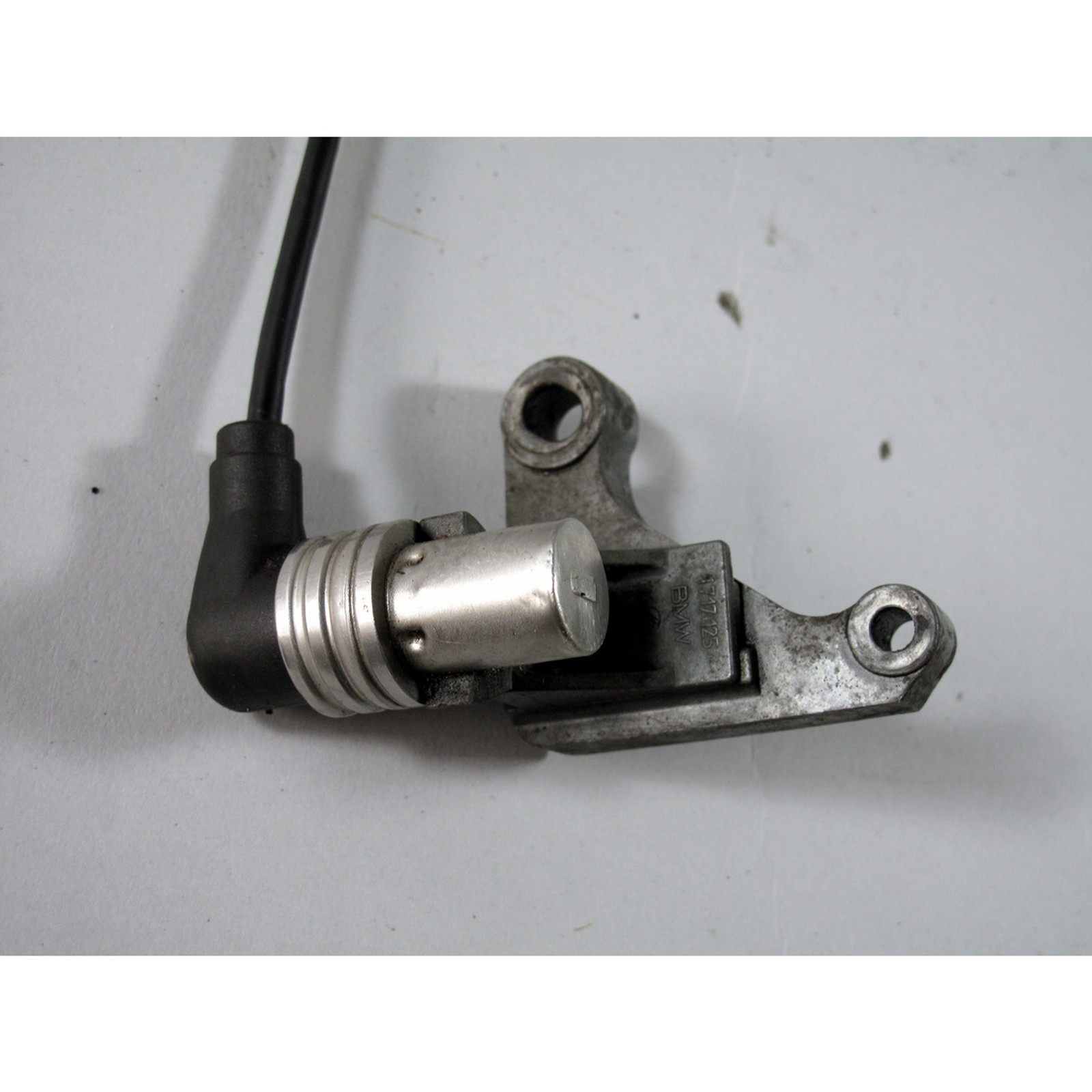 BMW M30 Crankshaft Crank Sensor CPS w Mounting Bracket 1988-1989 E34 E24  E32 OE