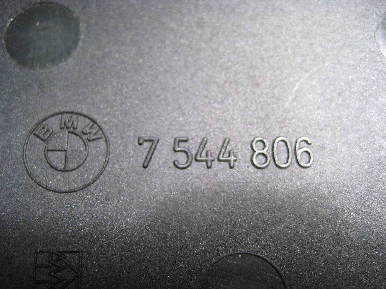 BMW M54 Intake Manifold DISA Valve 2000-2006 OEM USED E39 E46 E60 E85 Z4 X3 Z3