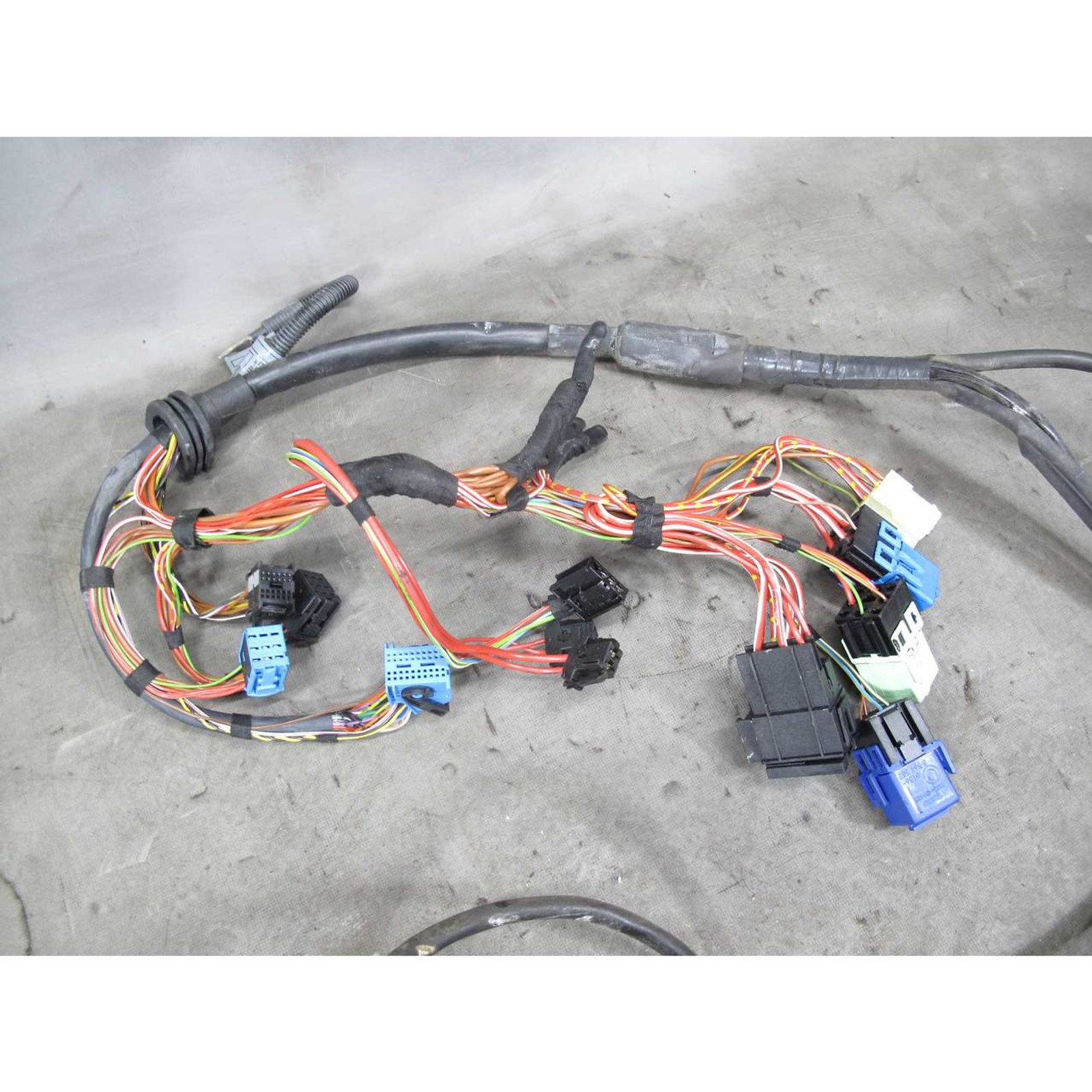 2001-2002 BMW E46 X-Drive M54 Automatic Transmission Wiring Harness on fall protection harness, nakamichi harness, amp bypass harness, safety harness, alpine stereo harness, pony harness, suspension harness, pet harness, obd0 to obd1 conversion harness, oxygen sensor extension harness, battery harness, electrical harness, engine harness, radio harness, maxi-seal harness, cable harness, dog harness,