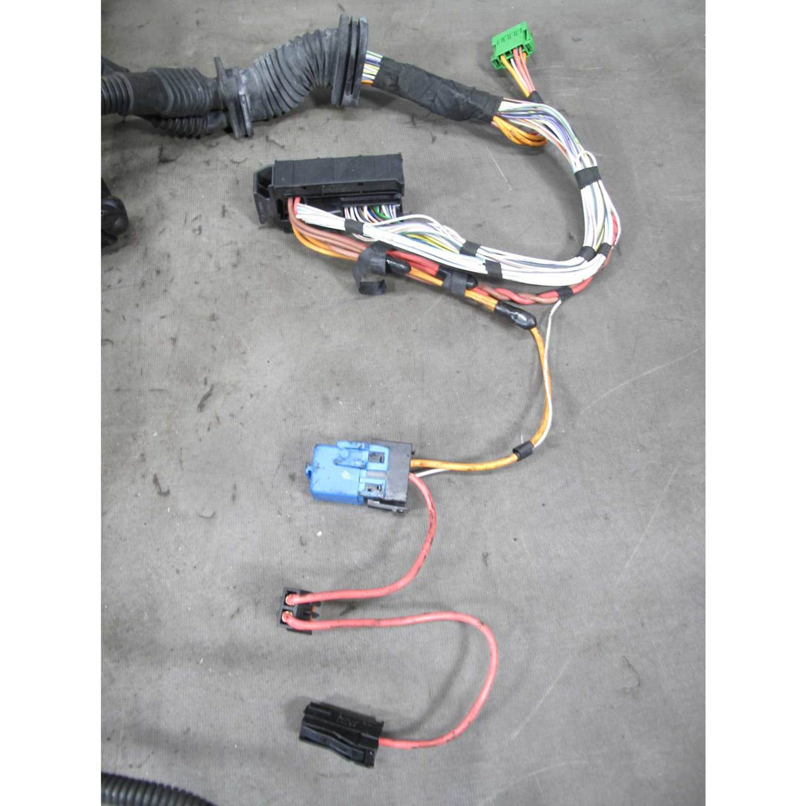 2006 Bmw E60 E61 525 530 N52 6-cyl Engine Igniton Coil And Fuel Injector Wiring
