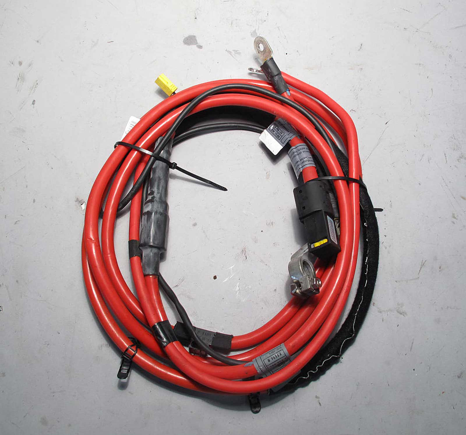 BMW E53 X5 SAV Factory Positive Red Battery Cable Complete w Terminal  2001-2006 - 7543