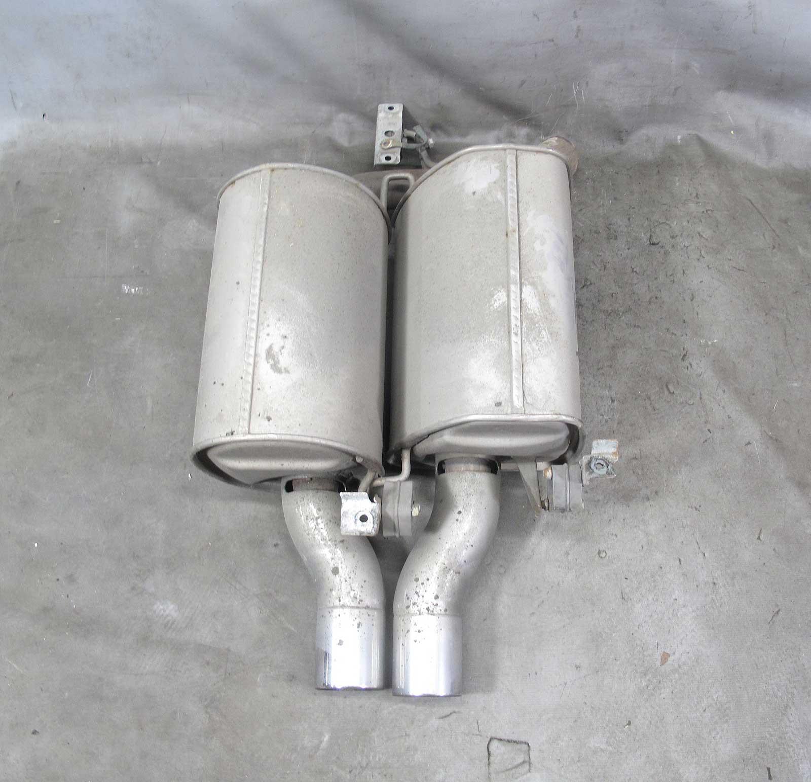 Bmw E60 M5 M Left Drivers Factory Exhaust Muffler W Dual Tips 2006 2010 Oem 21084 Prussian Motors