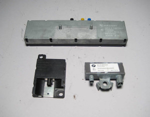 BMW E85 Z4 Radio FM Bluetooth Antenna Amplifier Set 2001-2008 USED OEM E46