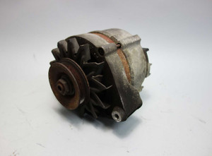 BMW M30 3.5L 6-Cyl Bosch Alternator 1986-1989 E23 E24 E28 USED OEM 0 120 469 777 - 3338