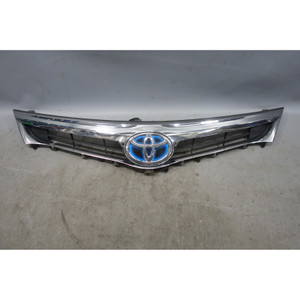 Dmg'd 2013-2016 Toyota Avalon Hybrid Factory Grille Assembly and Emblem OEM - 26633