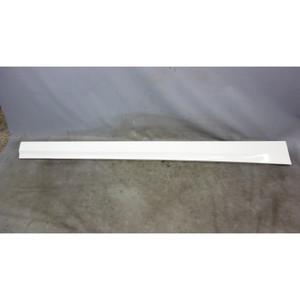 2009-2012 BMW E90 E91 3-Series 4door Right Outside Side Skirt Rocker Panel White - 30102