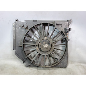 Damaged BMW E46 3-Series Auxiliary Electric Puller Radiator Fan w Shroud OEM - 30263
