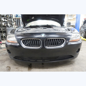 2003-2004 BMW E85 Z4 Roadster Early Factory Front Bumper Cover Trim Black 2 - 30670