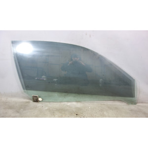 Damaged 2000-2006 BMW E46 Convertible Right Front Door Window Glass w Scratch - 30849