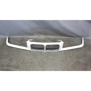 1992-1996 BMW E36 3-Series Early Front Nose Kidney Grille Panel Alpine White OEM - 31218