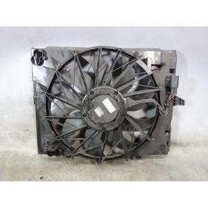 Damaged BMW N62TU 4.8L V8 Factory Engine Cooling Fan w Frame 2006-2010 OEM - 31549
