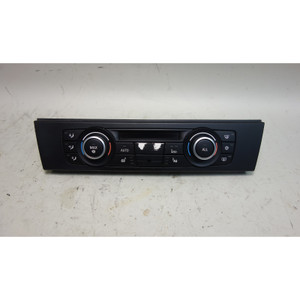 Damaged 2010-2011 BMW E90 E82 Automatic Air Conditioning Climate Control Panel - 31599