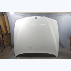 1997-2003 BMW E39 5-Series Front Hood Bonnet Cover Panel Alpine White OEM - 31645