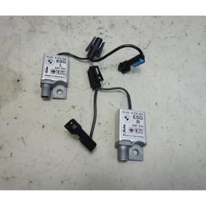 1995-2001 BMW E38 7-Series TV Tuner Antenna Amplifier Pair OEM - 32765