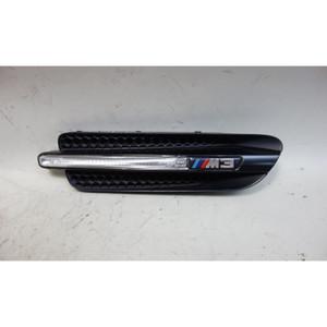 2008-2011 BMW E90 M3 ///M3 Sedan Right Passenger Fender Cowl Grille Factory OEM - 32789