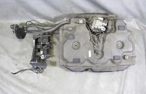 BMW E90 335d Diesel Sedan SCR Selective Catalytic Reduction DEF Tank w Pump - 14064