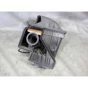 2003-2006 BMW E65 E66 760 N73 6.0L V12 Left Bank 1 Air Filter Hosuing Muffler OE - 32378