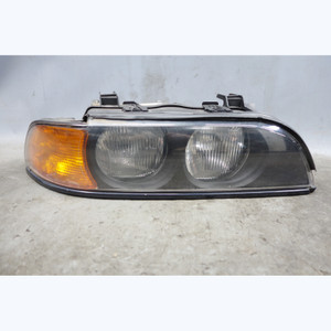 1998-2000 BMW E39 5-Series Right Passengers Side Halogen Headlight Lamp TYC - 32446