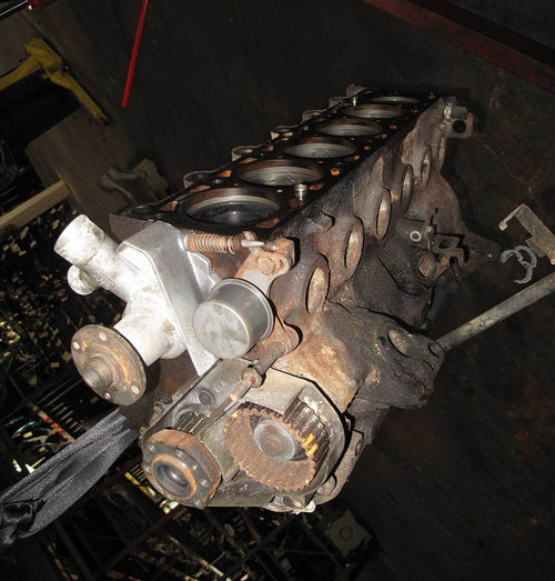 82-87 BMW E28 528e E30 325e M20 2 7L ETA Short Rotating Engine Block w  Pistons