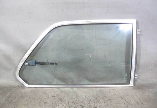 1977-1983 BMW E21 3-Series 320i Right Rear Passengers Vent Window Glass Pane OEM - 22002