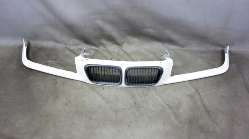 1997-1999 BMW E36 3-Series Front Nose Kidney Grille Panel Alpine White OEM - 25018
