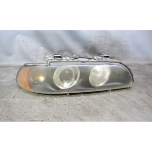 Damaged 2001-2003 BMW E39 5-Series Late Right Front Halogen Headlight Lamp White - 34029