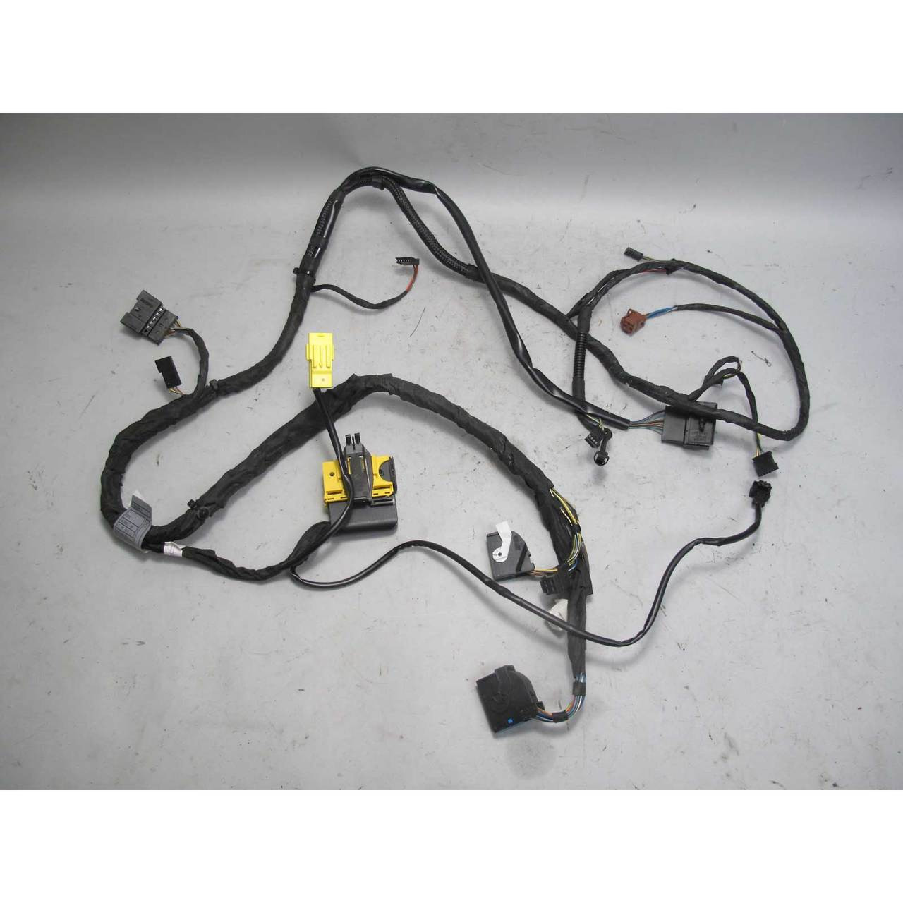 Tremendous 2008 Bmw E60 E61 5 Series Right Front Comfort Seat Wiring Harness Wiring Database Wedabyuccorg