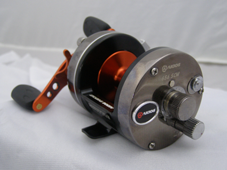 Keen's Tackle & Guns Stock the Akios Shuttle 656 S-line SCM Multiplier Beach Fishing Reel with aluminium anodised double sports handle and larger mag adjuster.