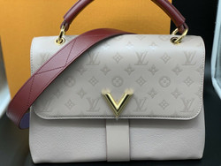 """LOUIS VUITTON """"Very One Handle"""" Bag - Limited edition MASTIC RAISIN Color"""