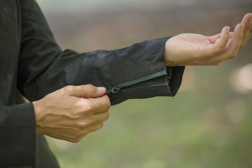 FITS Hydra Rain Show Coat - zippered sleeve