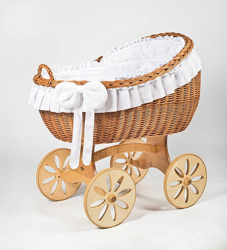 MJ Mark Bianca Uno - White - Spoke Wheels - Wicker Crib