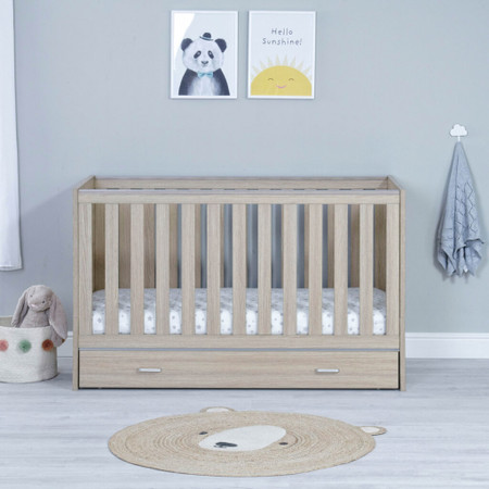 Babymore Veni Cot Bed With Drawer - Oak