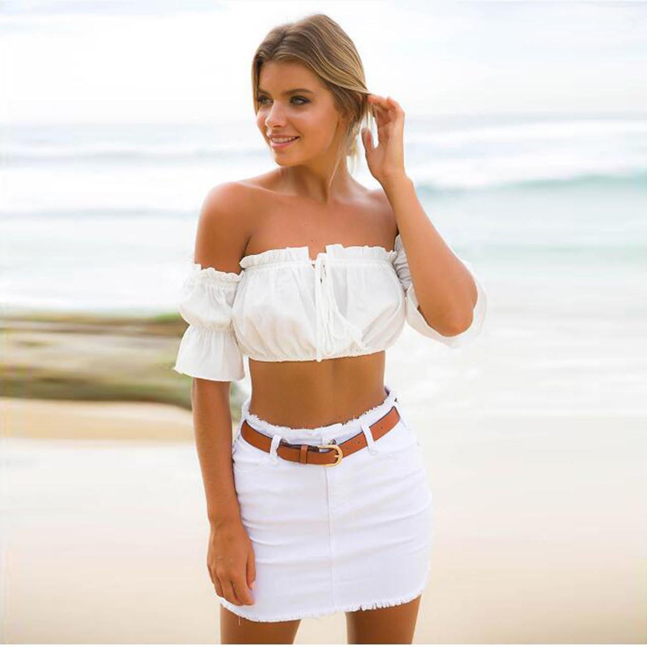 1d765b53bec Off Shoulder Ruffles Women T-Shirt Sexy Tunic Cropped Top Shirts Casual  Summer Tank Top Blusas Feminino Camisole (White)