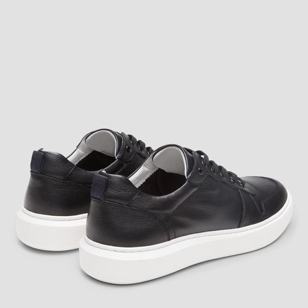 Faust Black Sneakers