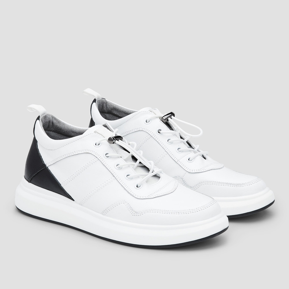 Jetson White Sneakers