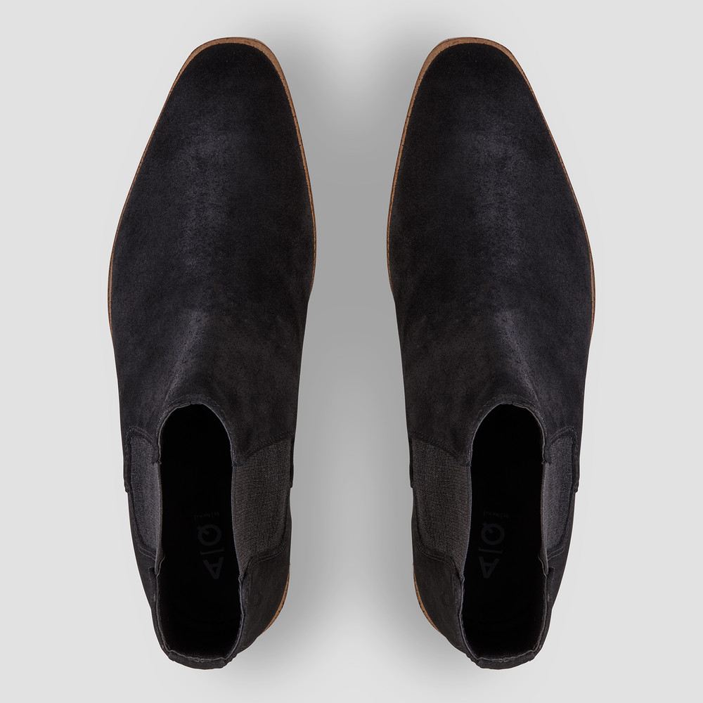 Bell Black Chelsea Boots