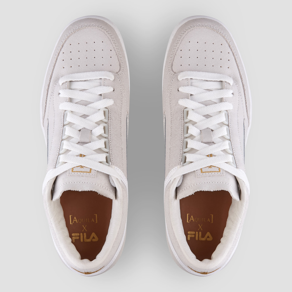 Aquila X Fila - T1 Mid White/Gold Sneakers