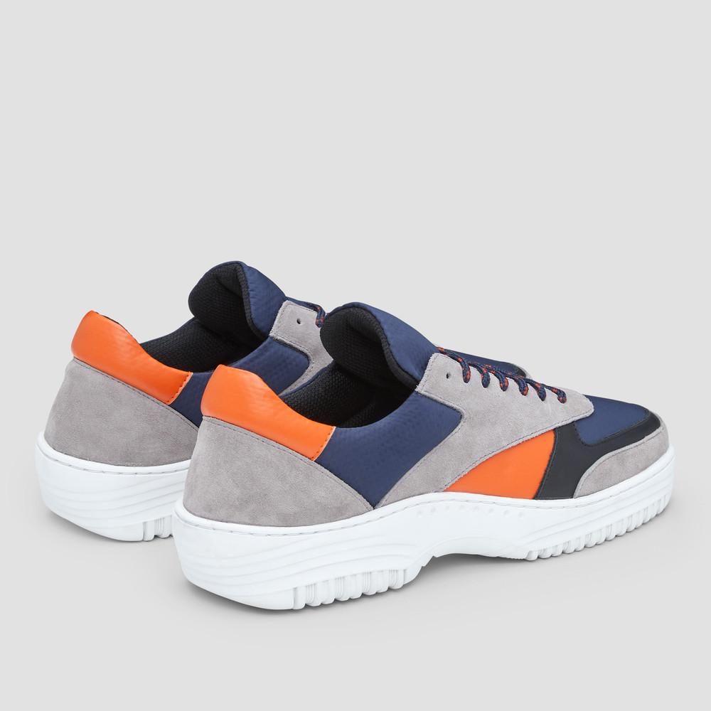 Queens Navy/Orange Sneakers
