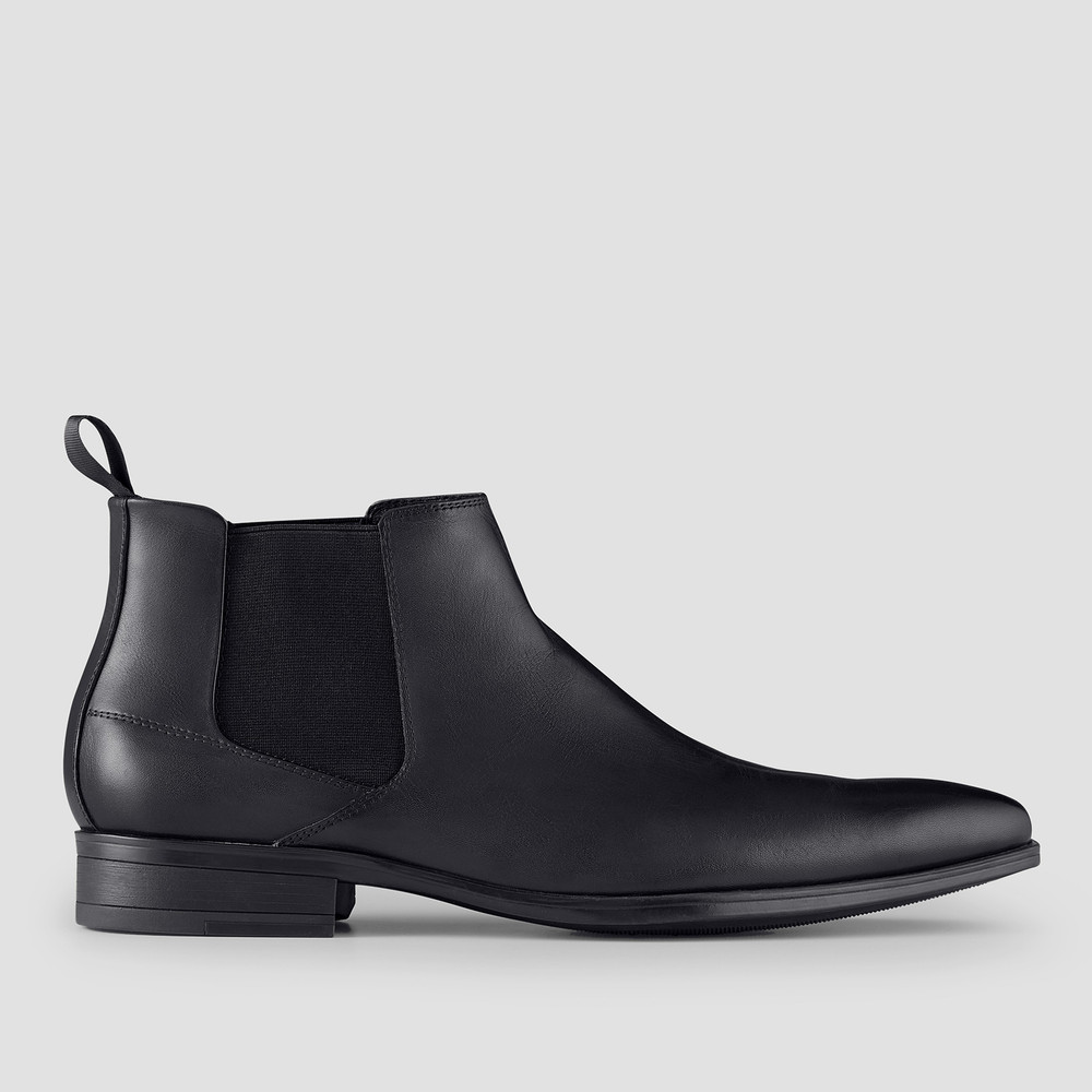 Haywood Black Chelsea Boots
