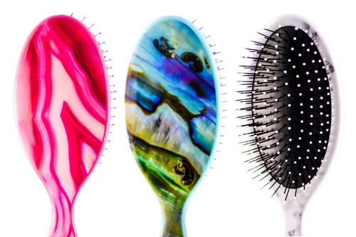 The Wet Brush Gemstone Detangler