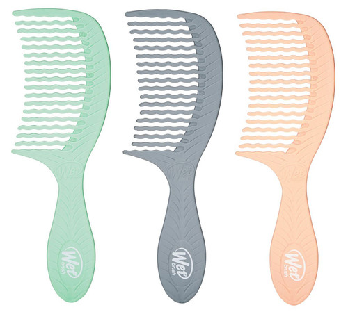The Wet Brush Go Green Oil Infused Treatment Comb