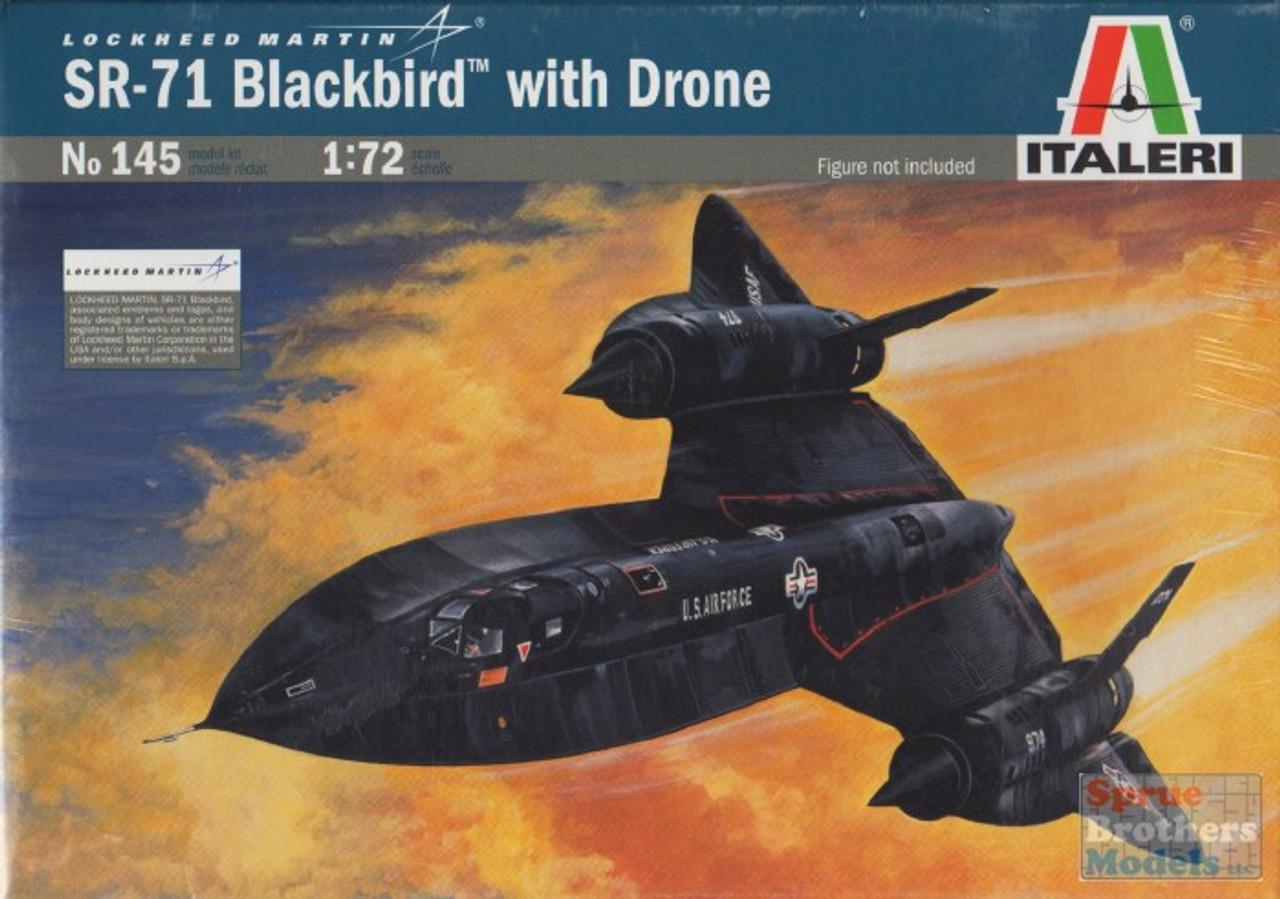 ITA0145 1:72 Italeri SR-71 Blackbird with Drone