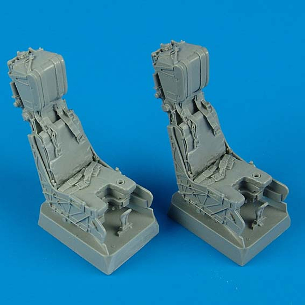 QBT32028 1:32 Quickboost F-18D Hornet Ejection Seats with Seatbelts #32028