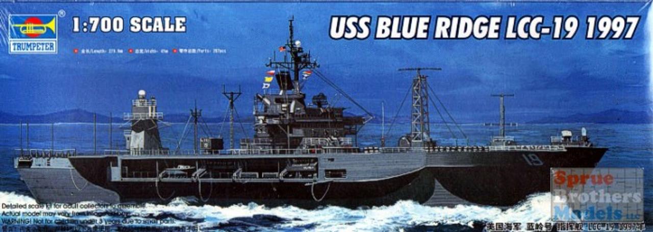 TRP05715 1:700 Trumpeter USS Blue Ridge LCC-10 Command Ship 1997