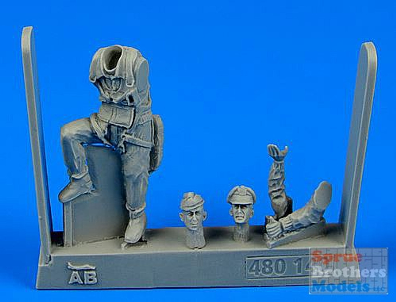 ARSAB480140 1:48 AeroBonus USAAF Fighter Pilot Figure WW2 9th Army (European Battlefields)